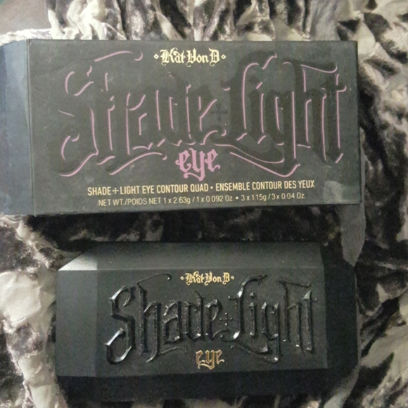 Kat Von D Shade & Light Eye Contour quad Plum